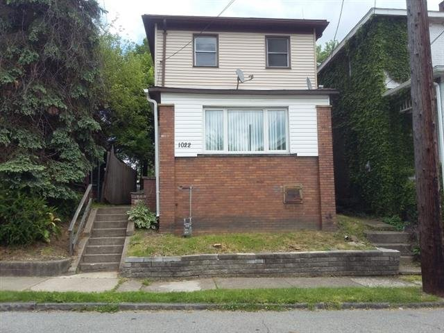 Main picture of House for rent in Beaver Falls, PA
